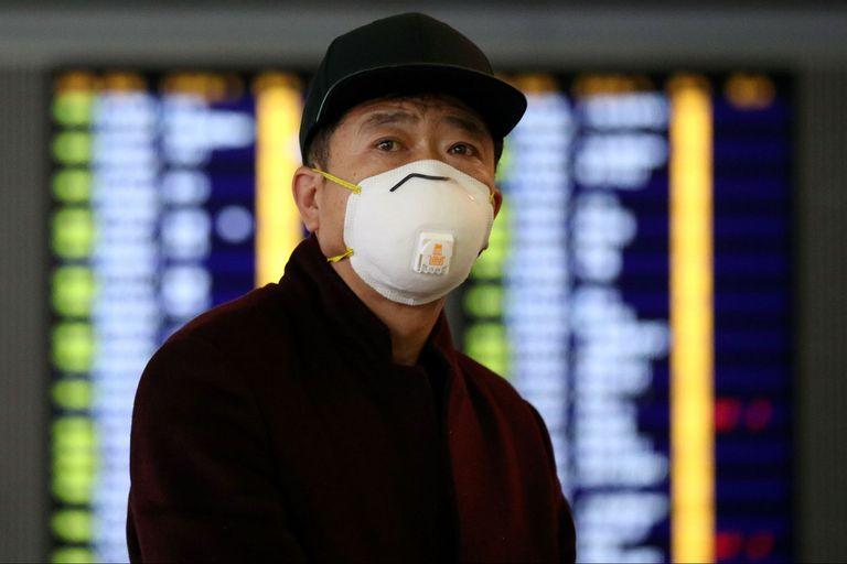 Al menos 25.000 vuelos fueron cancelados esta semana debido al coronavirus