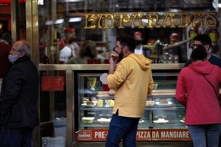 En junio del año pasado se comentó que Güerrín, una de las pizzerías porteñas más antiguas de todo Buenos Aires, cerraría a causa de la pandemia de coronavirus
