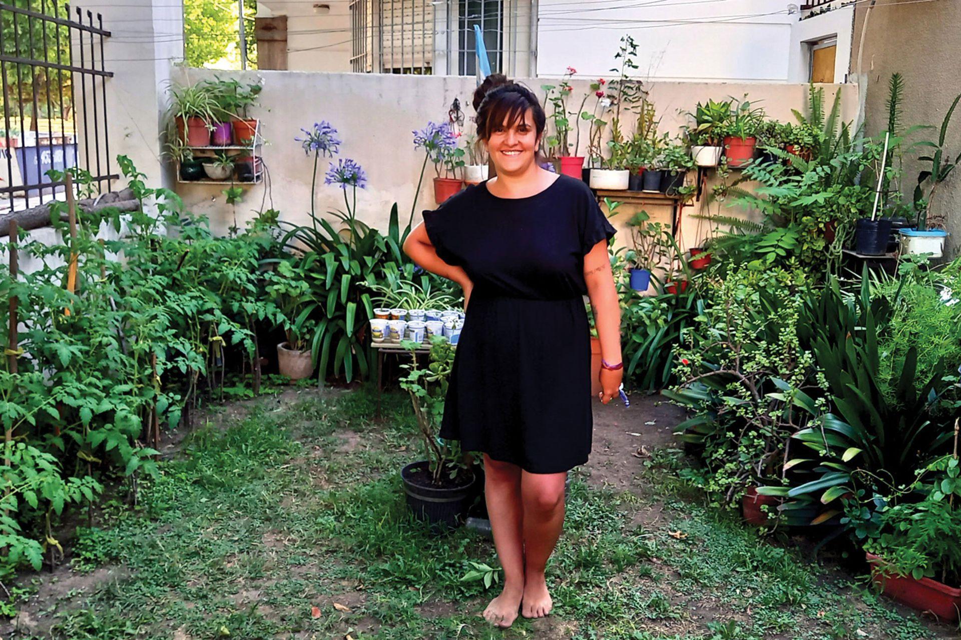 El jardín de una mujer. Así tituló este posteo en su cuenta de Instagram. El autor cuenta que el jardín queda frente al parque San Martín y recrea el diálogo que tuvo con su dueña, Debra.
