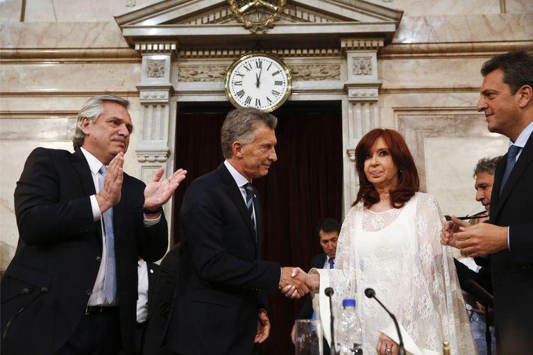 El único pacto posible es entre Cristina Kirchner y Mauricio Macri