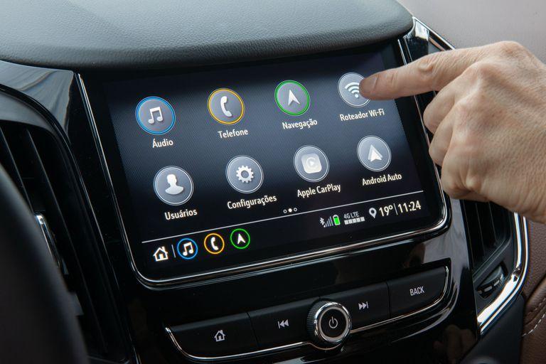 El Chevrolet Cruze Premier está equipado con un router Wi-Fi y conectividad 4G, provista por Claro