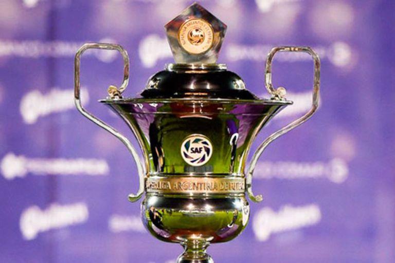 El trofeo de la Superliga estará en las oficinas de Puerto Madero. Si gana Boca, irá a la Bombonera. Si el campeón es River, se coronará la semana siguiente en el Monumental.
