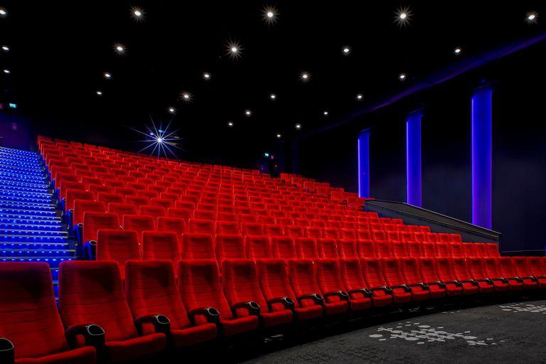 De a poco y en silencio, se reabren los cines en el interior de la Argentina