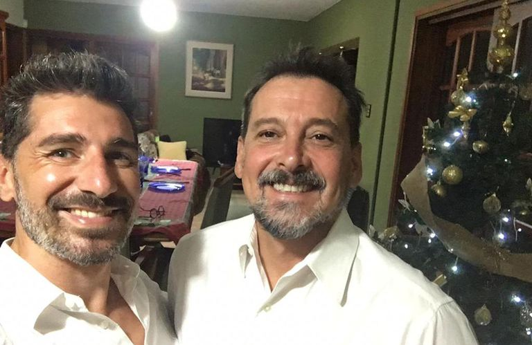 Día del padre: la historia de los dos papás que emocionó a Juana Viale