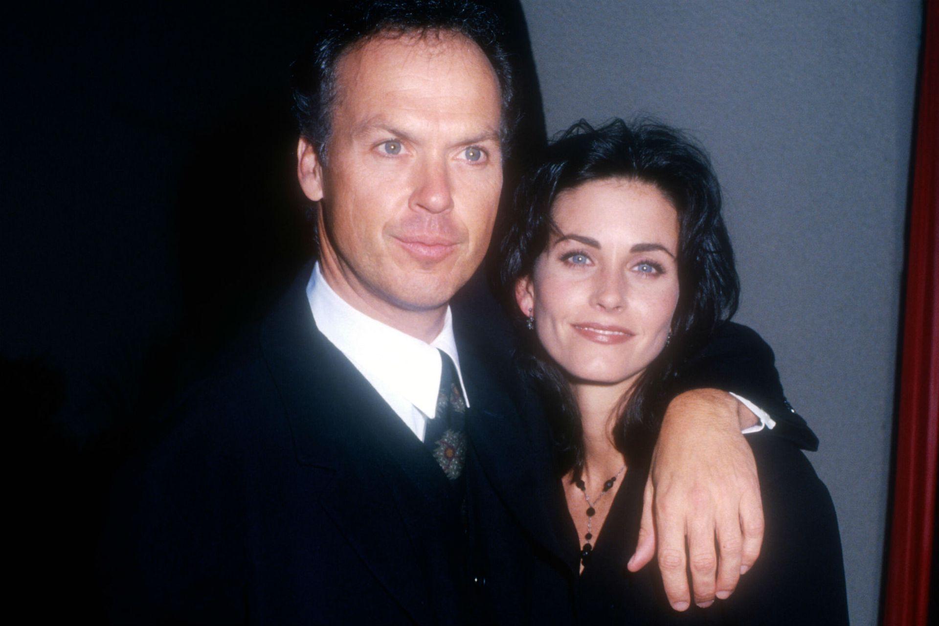 Michael Keaton y Courteney Cox se conocieron en 1989 por un amigo en común