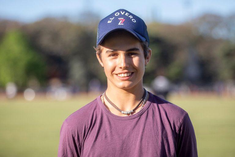 """Sexto """"Lucas Monteverde"""" seguido en su familia, el adolescente agradece lo que hace por él su papá, cuatro veces campeón argentino, y quiere lograr lo mismo cuando sea grande."""