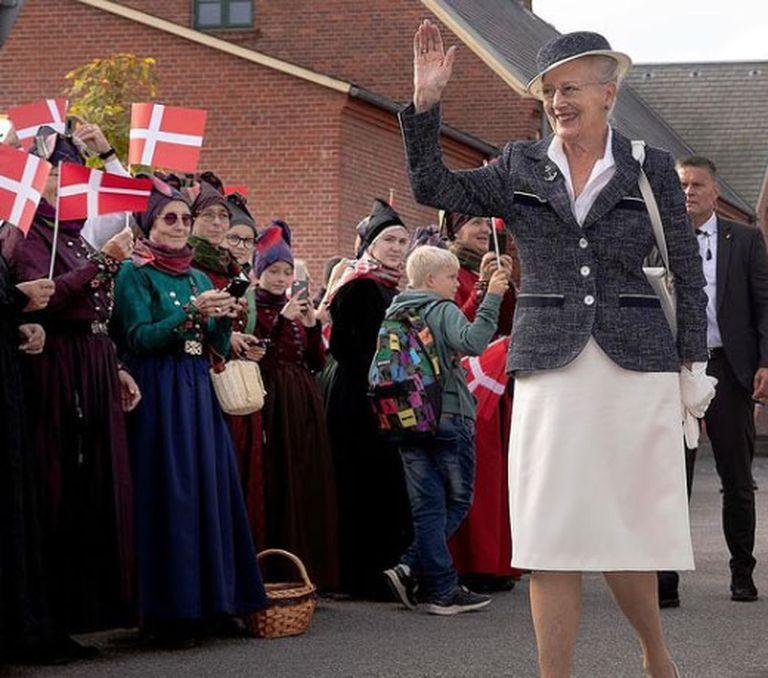 El curioso trabajo que la reina de Dinamarca consiguió en Netflix