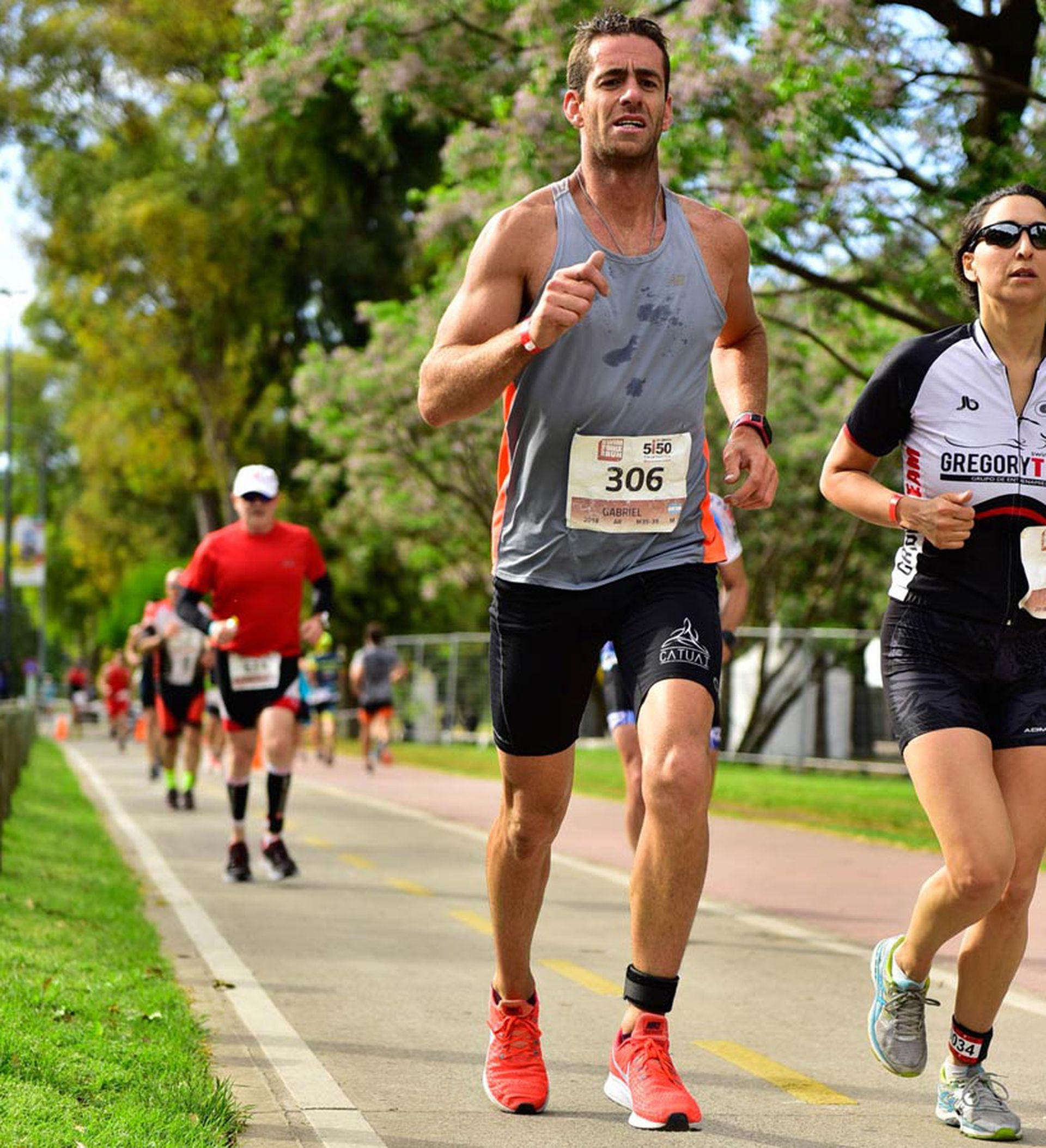 El primer triatlón con sello Ironman en la ciudad, significó para muchos la oportunidad de desafiarse a debutar en un deporte tan sacrificado como fascinante.
