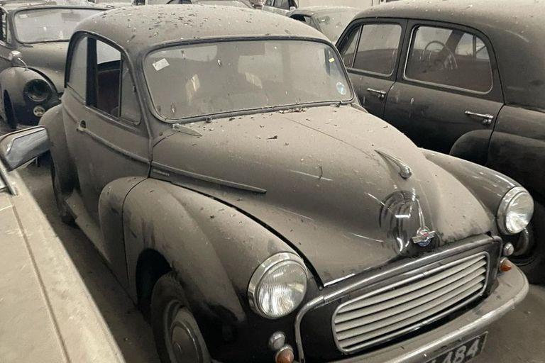 Una de las primeras ventas fue este Morris Minor Woody de 1961 que fue vendido en 1375 dólares