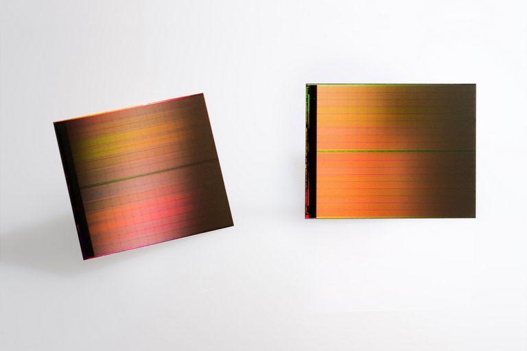 Una vista de las nuevas unidades de almacenamiento desarrolladas por Intel y Micron con la tecnología 3D XPoint
