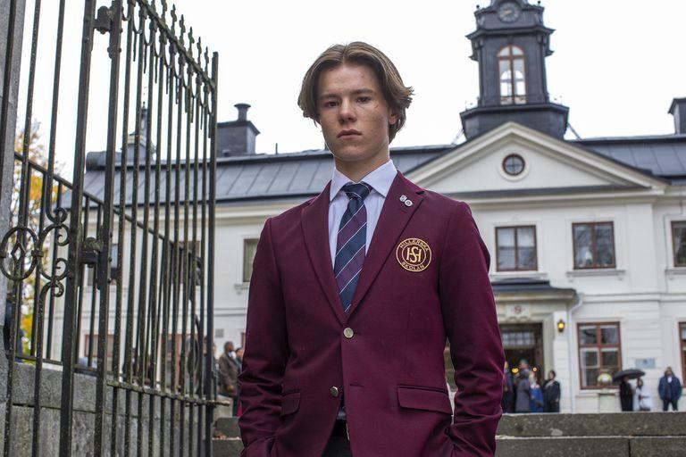 Jóvenes altezas: una serie sueca que es mucho más que una cruza entre The Crown y Elite