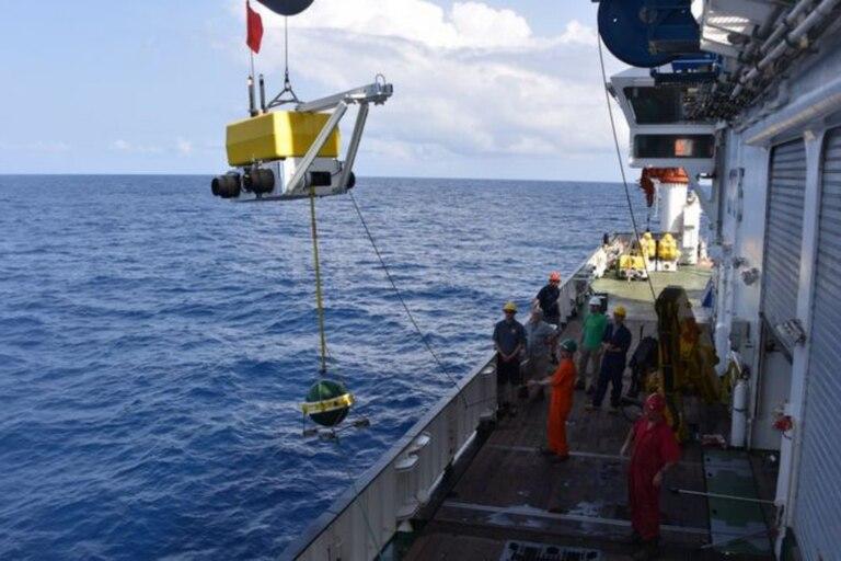 Las señales de los sismógrafos dieron indicios de materiales que provenían del manto de la Tierra