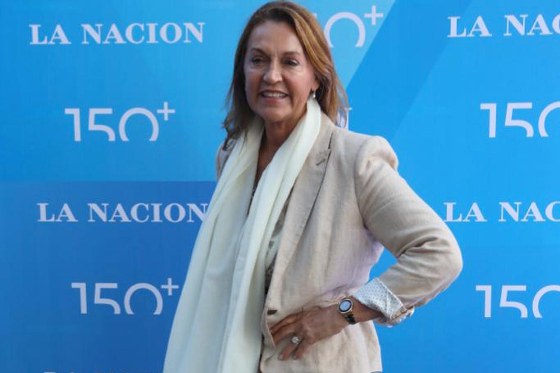 La diputada nacional Marcela Campagnoli en la blue carpet