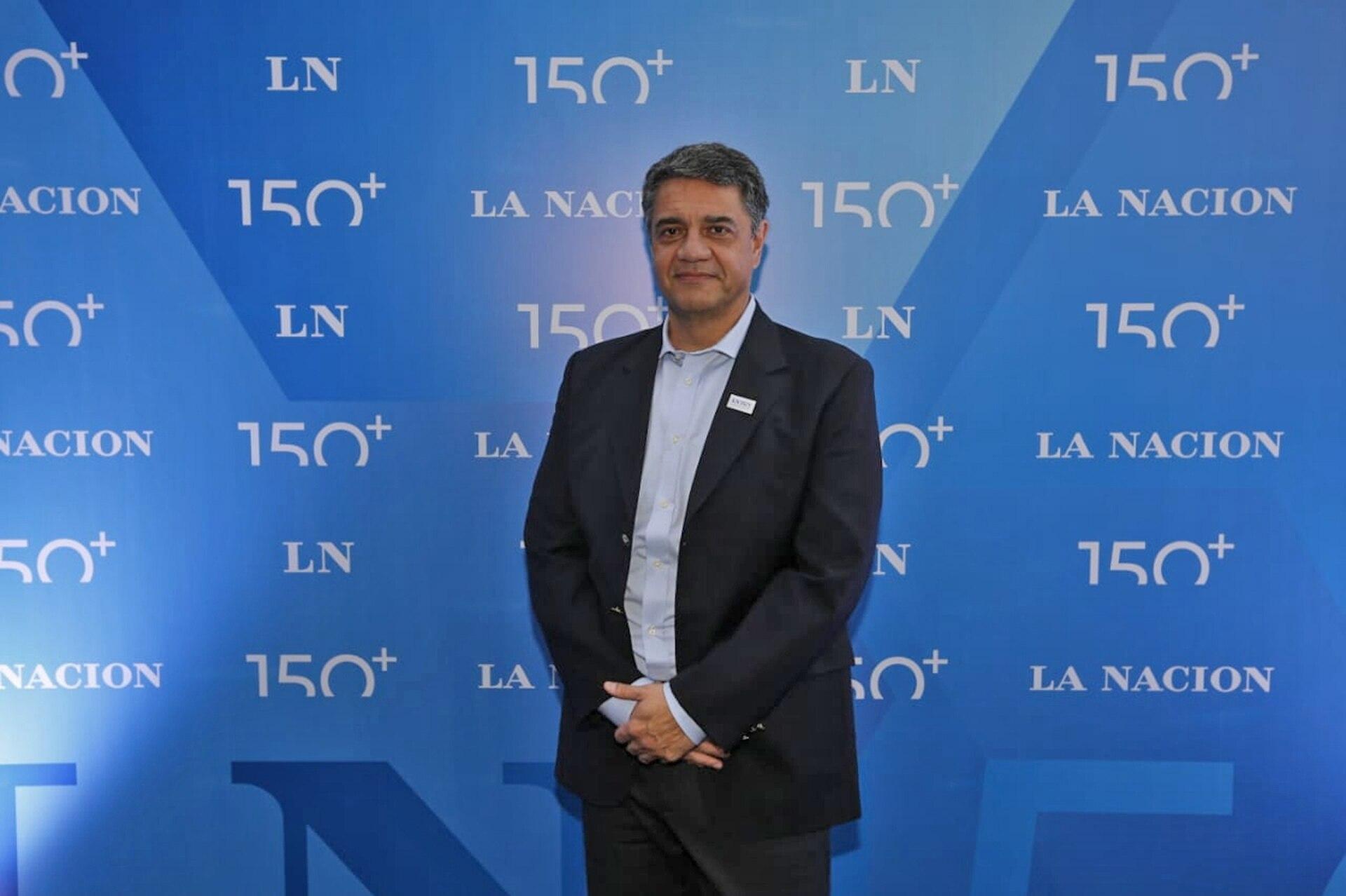 El intendente del partido de Vicente López, Jorge Macri, en la blue carpet de la celebración de los 150 años de LA NACION