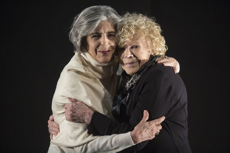 Madre e hija: Nelly Prince y Cristina Banegas