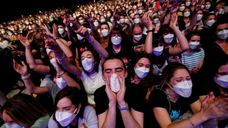 Como antes: programan un festival de música para 25 mil espectadores por noche