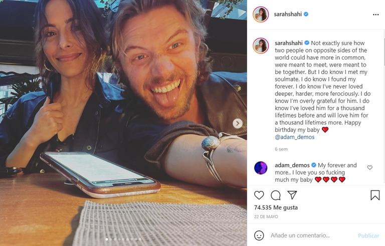 Sarah Shahi está en pareja con Adam Demos, el actor que interpreta a su amante en la serie Sexo/Vida de Netflix