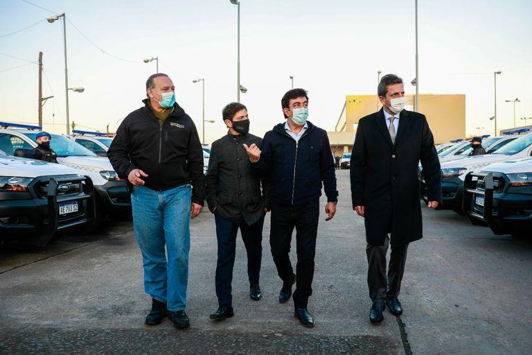 Berni, Kicillof, Espinoza y Massa, el jueves, en La Matanza, al presentar nuevos móviles policiales