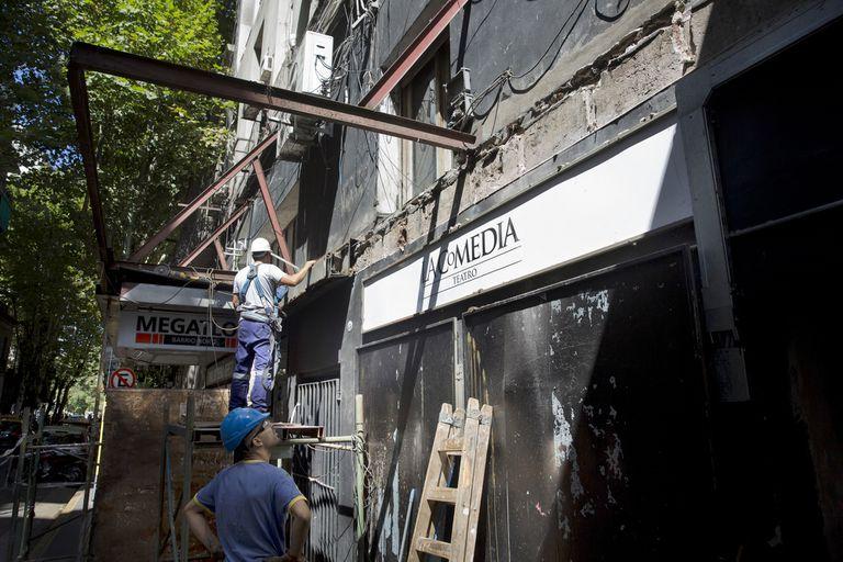 Cerró el teatro La Comedia: la sala mayor se convertirá en un gimnasio