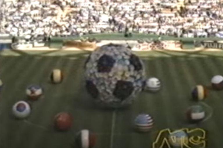 El inicio de la ceremonia inaugural, que se pudo ver por ATC (la actual TV Püblica)