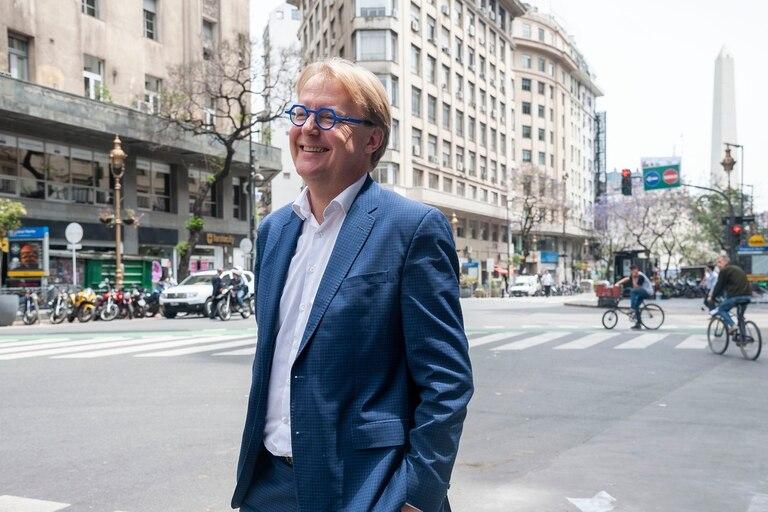 Michel ha viajado regularmente a la Argentina en los últimos dos años para evaluar el estado del subte
