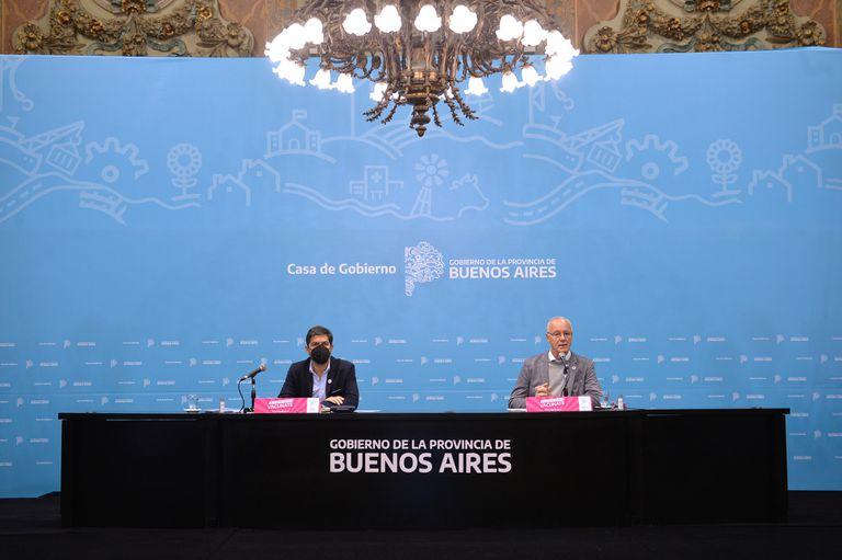 Carlos Bianco y Daniel Gollán en la Casa de Gobierno de la provincia de Buenos Aires