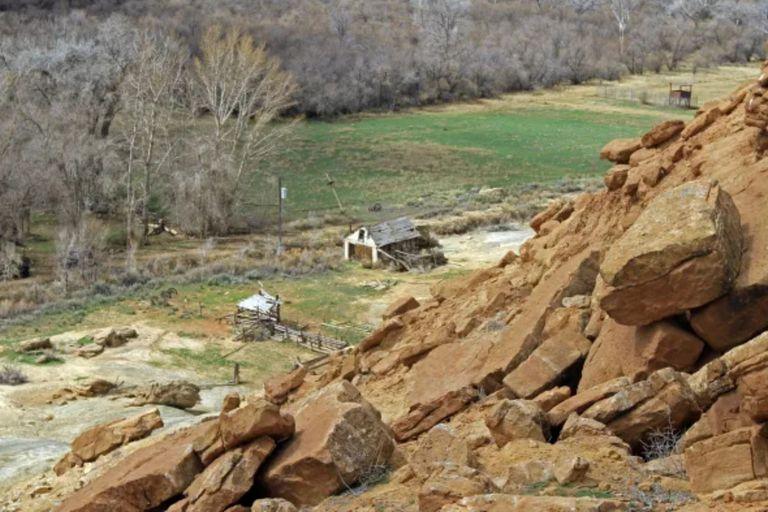El equipo multidisciplinario de investigadores estudió las imágenes de un ovni que cruzó sobre el cielo de la propiedad