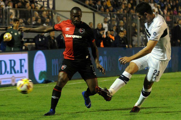 Copa de la Superliga. Newell's le ganó a Gimnasia con un gol en el descuento