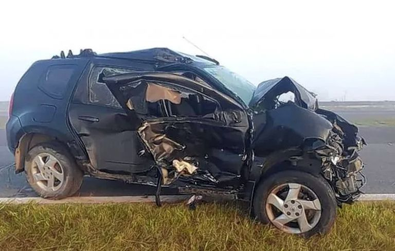 Imagen de uno de los autos que colisionó en el accidente