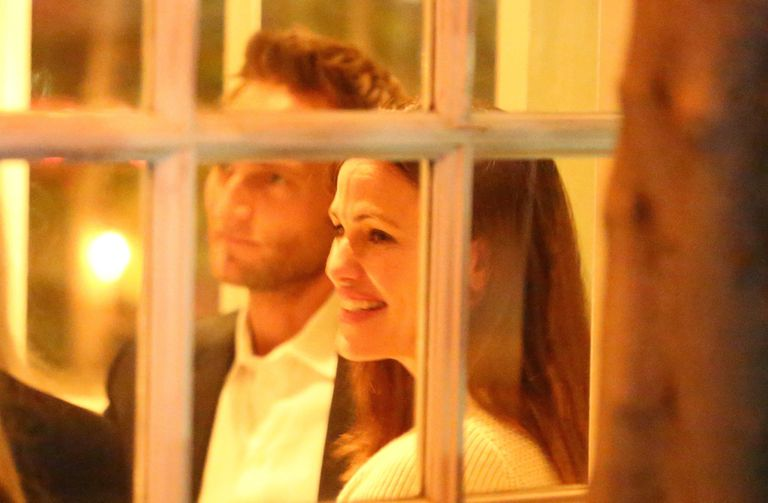 La romántica cena de Jennifer Garner y su novio John Miller
