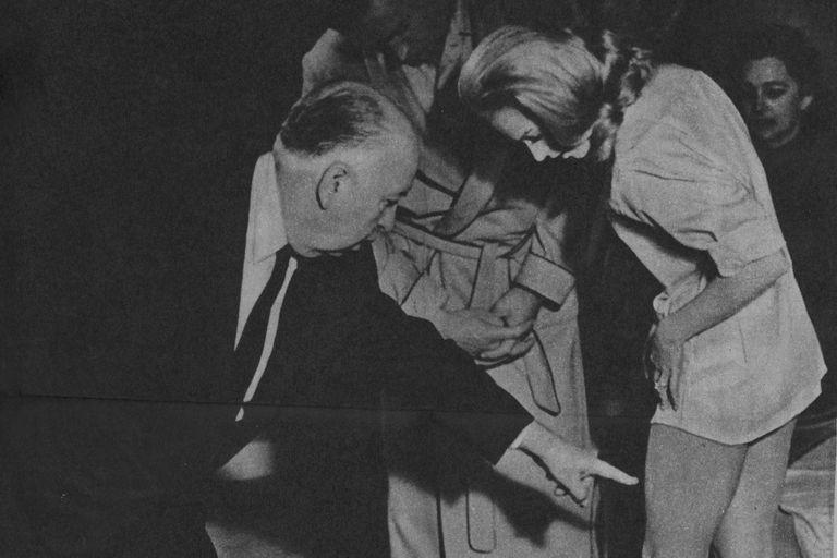 Tippi Hedren y Hitch en el rodaje de Marnie