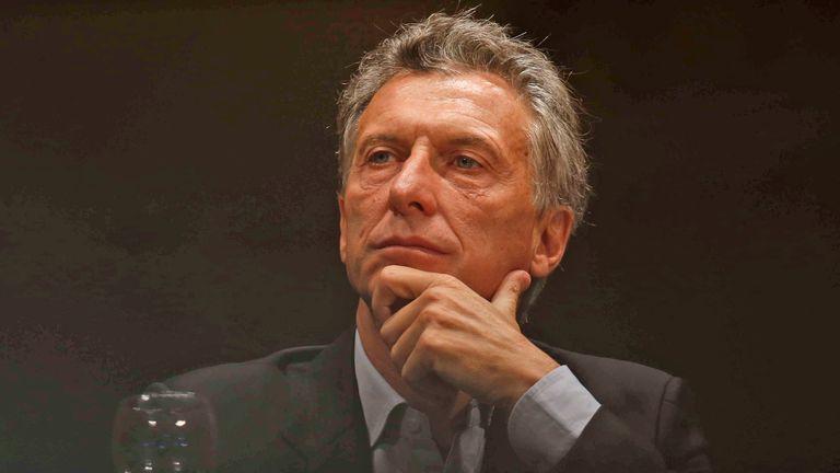 Ministros de Economía preparan los reclamos para Macri