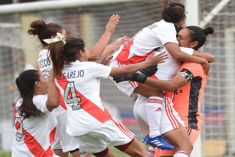 River le ganó a UAI de Urquiza y es finalista del Torneo transición femenino