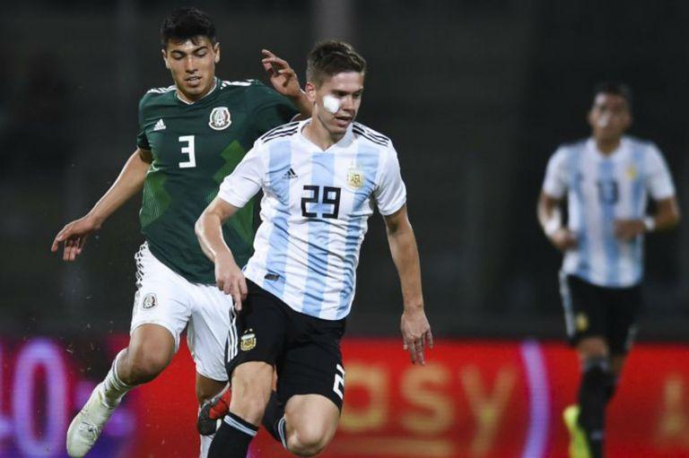Del buen debut de Foyth a la negativa por el séptimo cambio mexicano