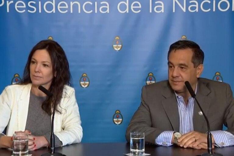 Carolina Stanley y Alejandro Finocchiaro, durante la conferencia de prensa