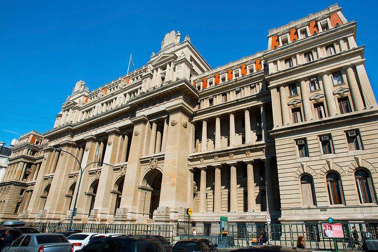 AMBA. La Corte espera al Gobierno para decidir si abre la actividad judicial
