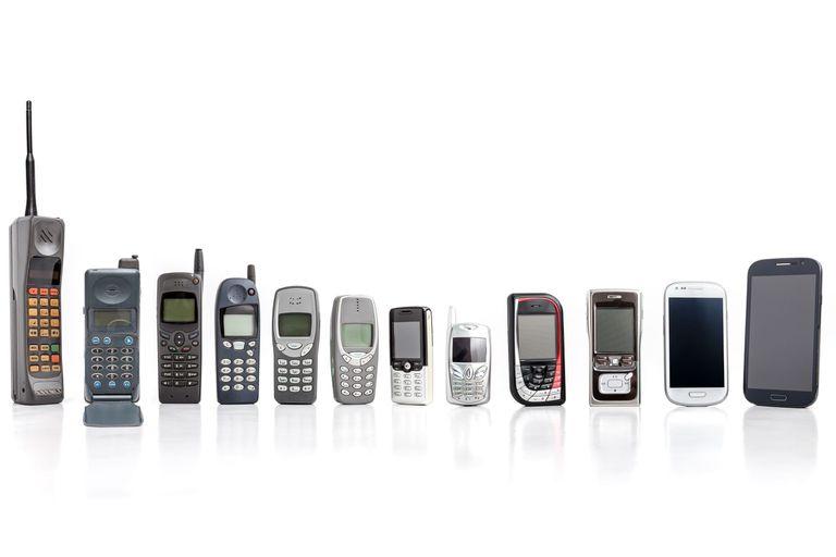 Cómo fueron cambiando de tamaño y diseño los celulares en estas tres décadas