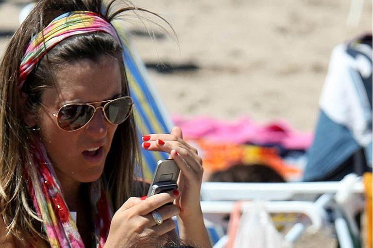 Los turistas no dejan el celular durante sus vacaciones