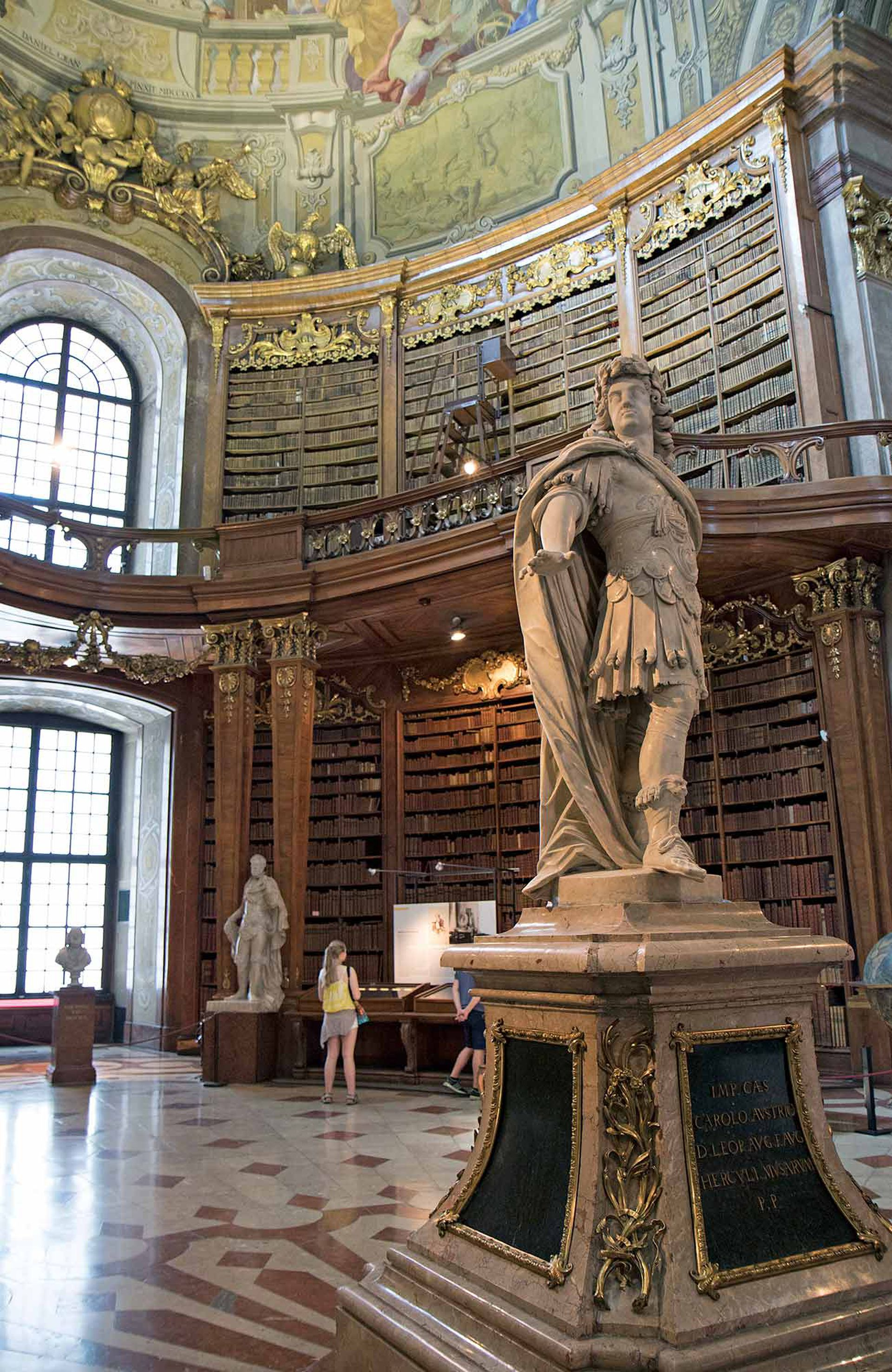 La Prunksaal, sala principal de la Biblioteca Nacional Austríaca en Viena.