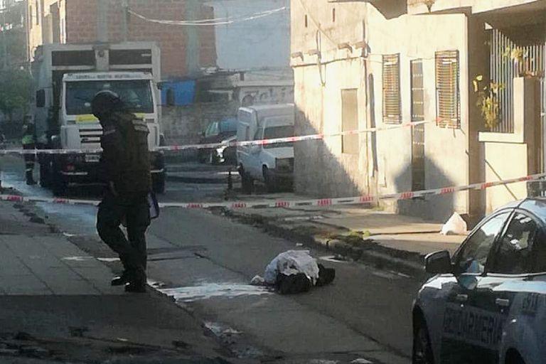 Un nuevo asesinato narco a 50 metros de un puesto de la Gendarmería