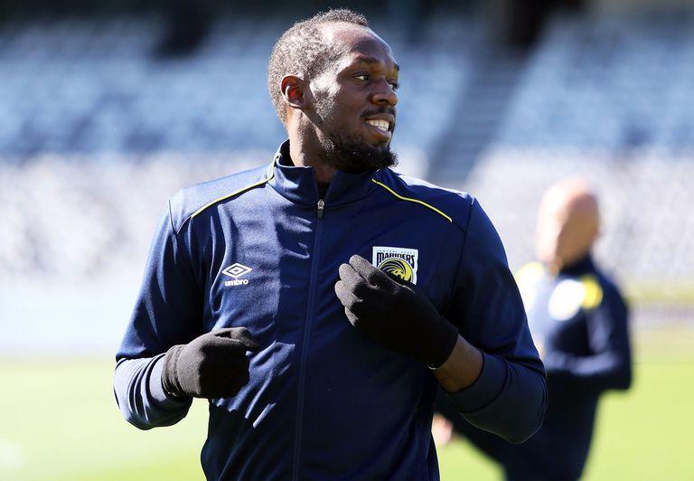 Usain Bolt ya se entrena para el salto al fútbol profesional en Australia