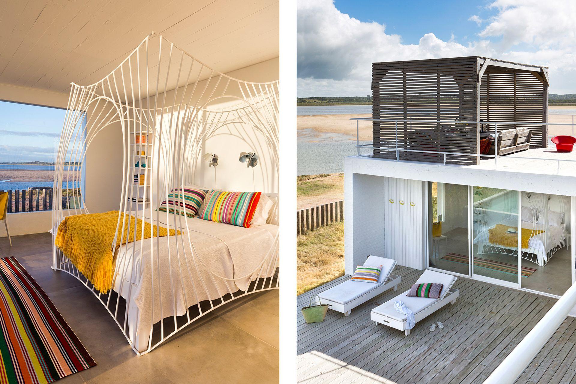 En el dormitorio principal, espectacular cama de hierro de la artista Laura Sanjurjo para 3 Mundos con textiles y almohadones traídos de Suecia.