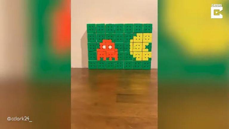 10-06-2021 Un adolescente de 14 años crea increíbles animaciones en stop-motion con cubos de Rubik.  MADRID, 10 jun. (EDIZIONES) Un chico de 14 años se ha hecho viral en redes sociales por crear unas increíbles animaciones en stop-motion utilizando cubos de Rubik.  POLITICA YOUTUBE - CATERS - @CCLARK24_