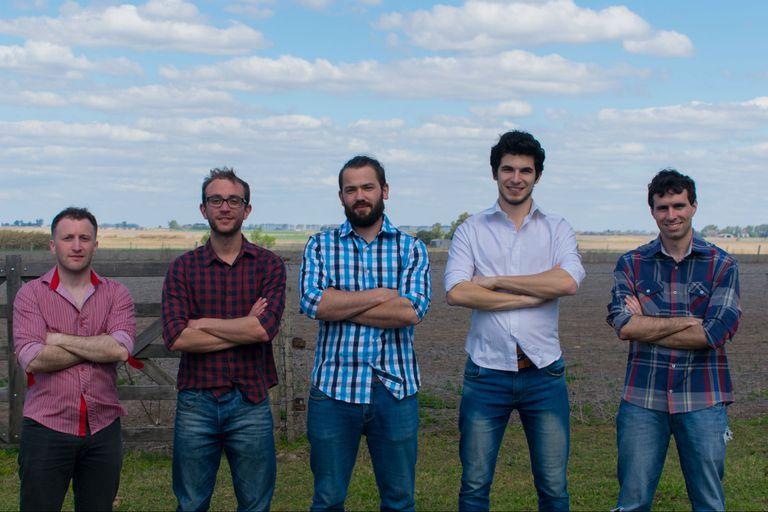 El equipo de la empresa. Juan Ignacio Cavalieri, Juan Ignacio Cornet, Iván Regali, Juan Manuel Baruffaldi y Marcos Mammarella