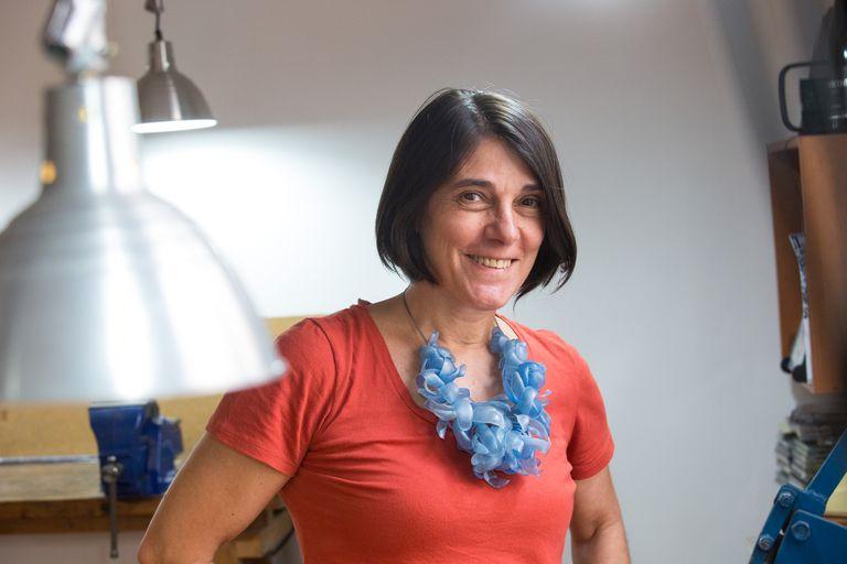 Fabiana Gadano es otra de las diseñadoras argentinas que expone sus piezas en galerías y museos del mundo.