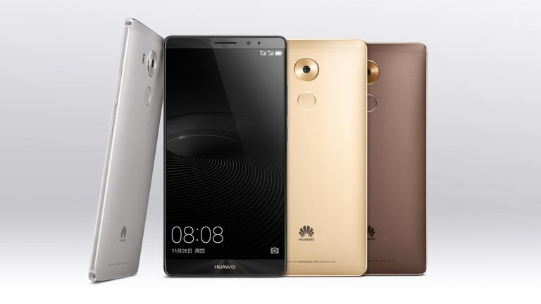 El Huawei Mate 8 tendrá dos versiones: con 3 o 4 GB de RAM, y 32 o 64 GB de almacenamiento interno, respectivamente (admite tarjetas microSD)