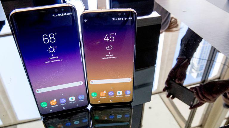 Dos Samsung Galaxy S8, los teléfonos cuyo diseño serán la base del futuro Galaxy Note 8, de acuerdo al reporte de Evan Blass