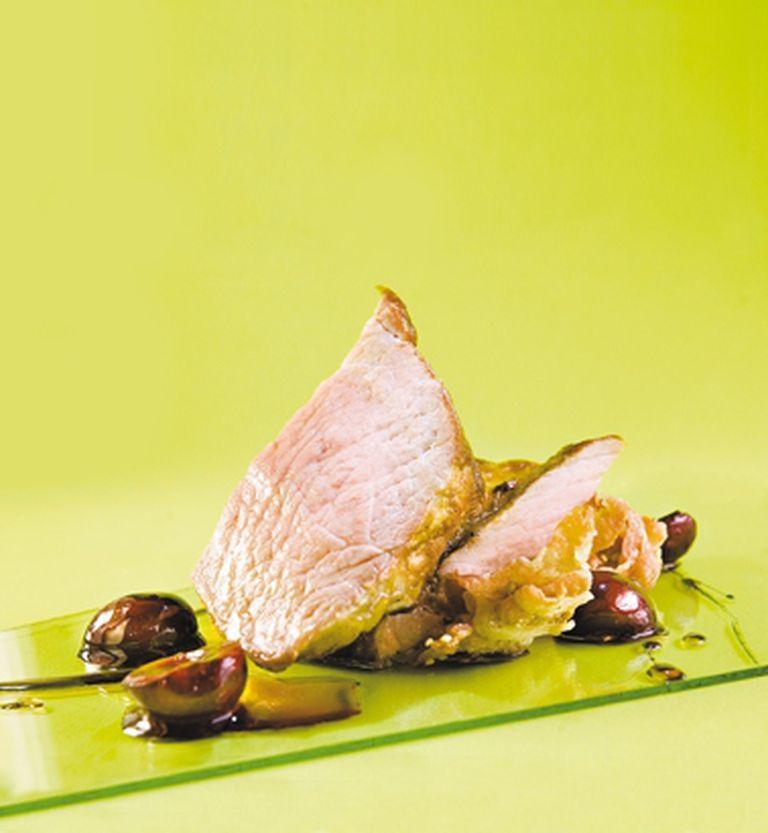 Cuadril de cerdo y compota de cerezas