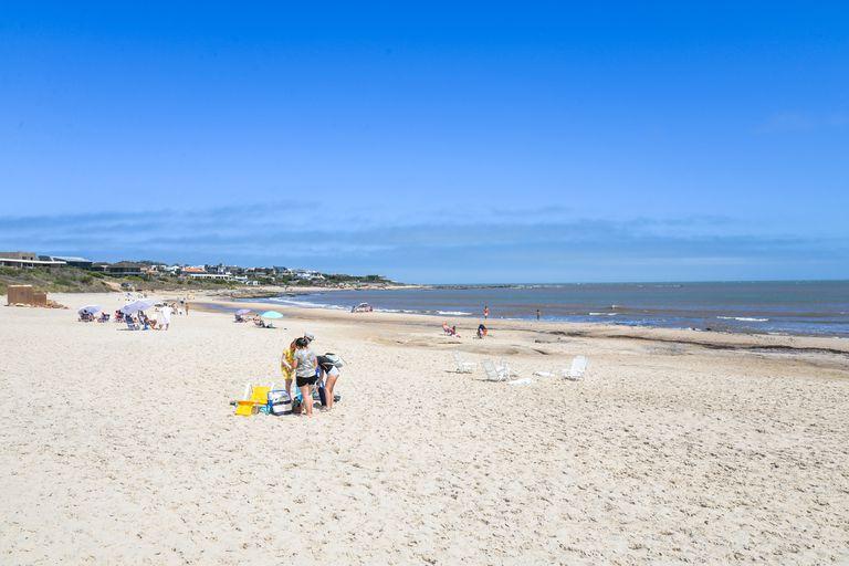 Playas vacías en Uruguay este verano