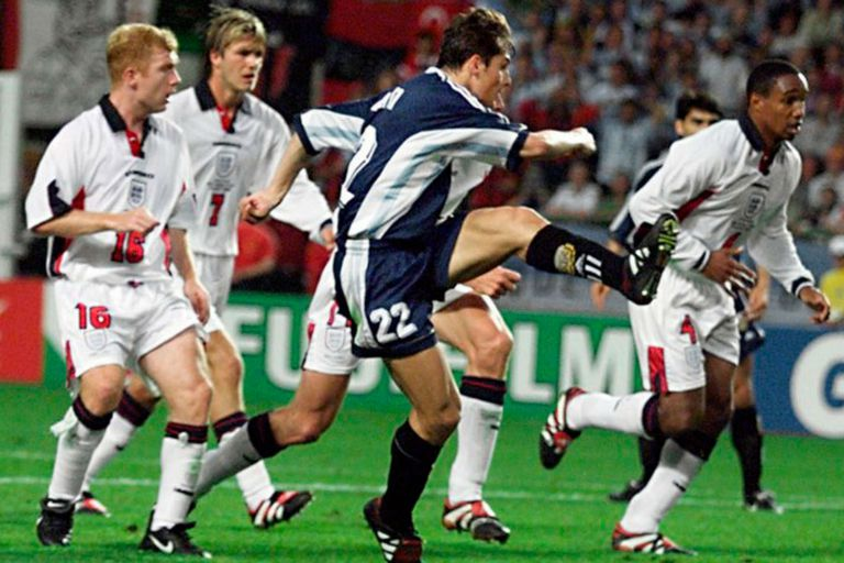 Zanetti. Reveló un detalle clave del gol a Inglaterra en el Mundial 1998